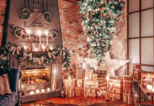 Weihnachtsbäume stehen Kopf