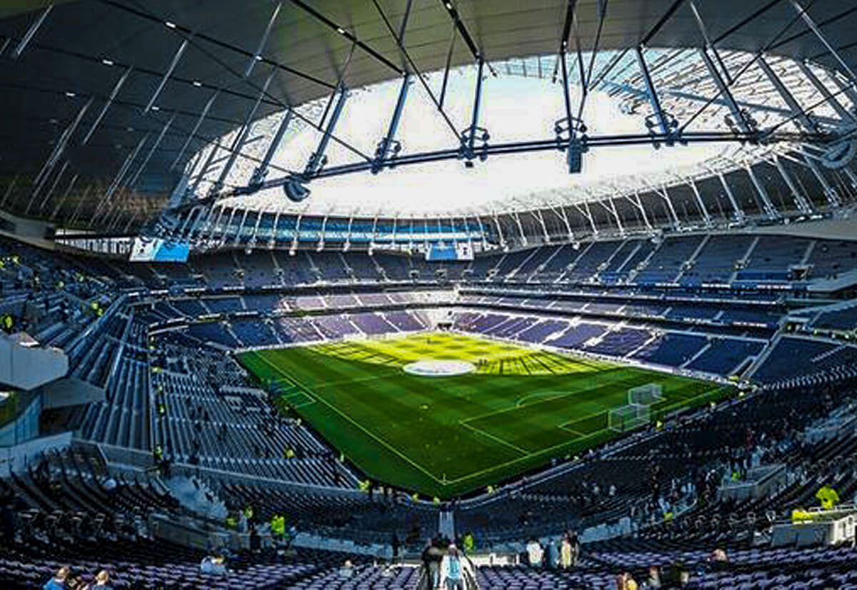 The new Tottenham Hotspurs Stadium in London. fischer supplied the fixing solutions for the facade and the interior fitout as well as the mechanical and electrical systems.