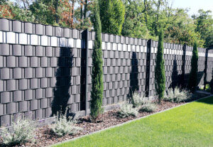 Privacy fences and sun shields: Tips for a garden staycation